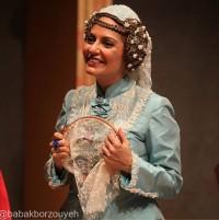 عکس مهناز افشار در تئاتر