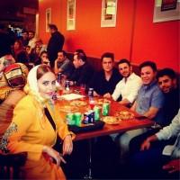 عکس الناز شاکردوست، محمدرضا گلزار و امین حیایی در رستوران