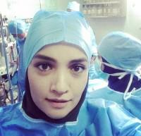 عکس میترا حجار در بیمارستان