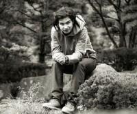 عکس سیاه و سفید محسن یگانه