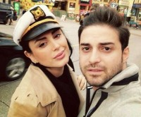 عکس بابک جهانبخش و همسرش با لباس پلیس