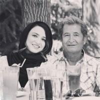 عکس گلاره عباسی با پدرش
