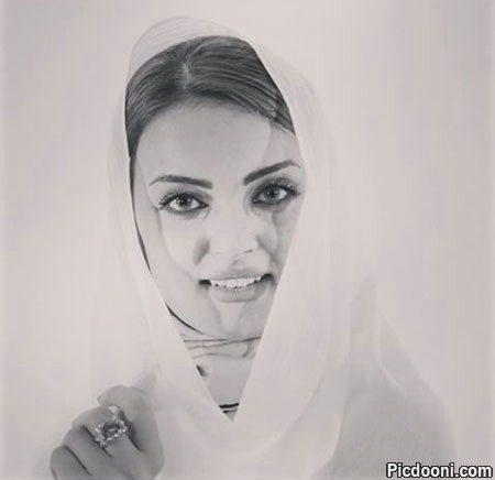 عکس سیاه و سفید نیلوفر پارسا