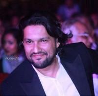 عکس حامد بهداد در جشن خانه سینما