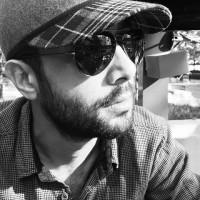 عکس سلفی سیاه و سفید از حسین مهری