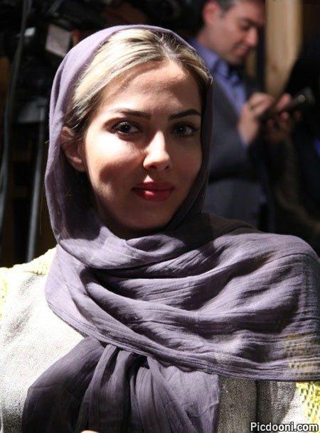 عکس لیلا اوتادی در جشن کتاب و سینما