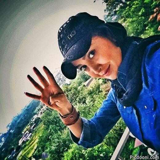 عکس مریم معصومی با نشان 4 استقلال