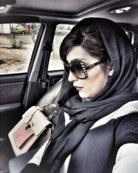 عکس سلفی مریم معصومی در ماشین