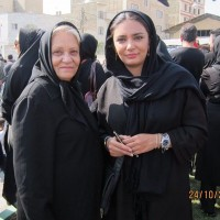 عکس لیندا کیانی و مادرش در عزاداری محرم
