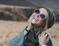 عکس جدید الناز حبیبی با عینک