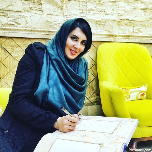 عکس لیلا بلوکات در کافه رستوران