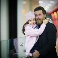 عکس پژمان بازغی و دخترش نفس در اکران خصوصی ناهید
