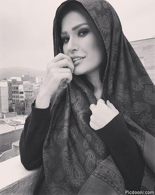 عکس سیاه سفید شیوا طاهری