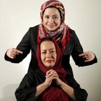 عکس مهراوه شریفی نیا با مادرش آزیتا حاجیان