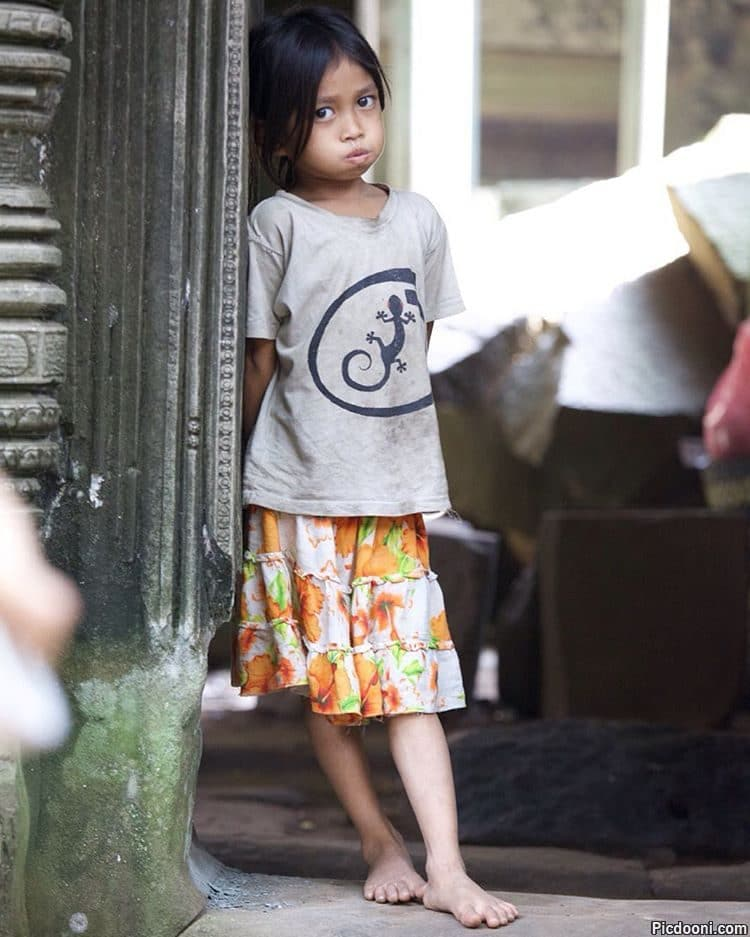 دختر کامبوجی