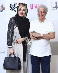 علیرضا خمسه در کنار همسرش مروارید پورشفیقی
