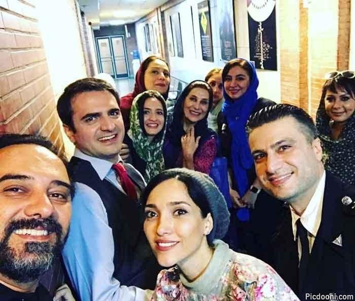 سلفی گلاره عباسی با دوستان