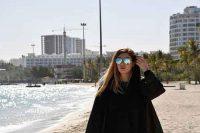 سحر قریشی و کم حجابی کنار ساحل
