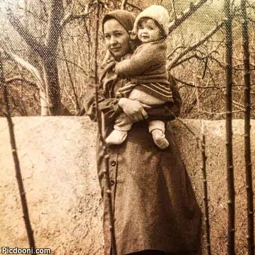 عکس قدیمی مهراوه شریفینیا در سالروز تولدش